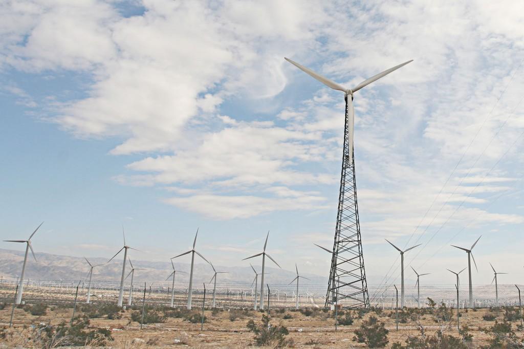 palmsprings_windmills