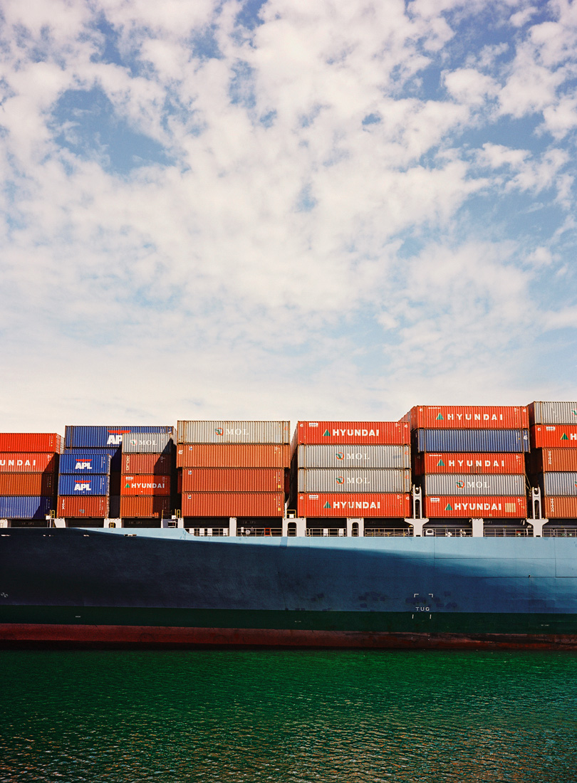 san-pedro-shipping-yard-3